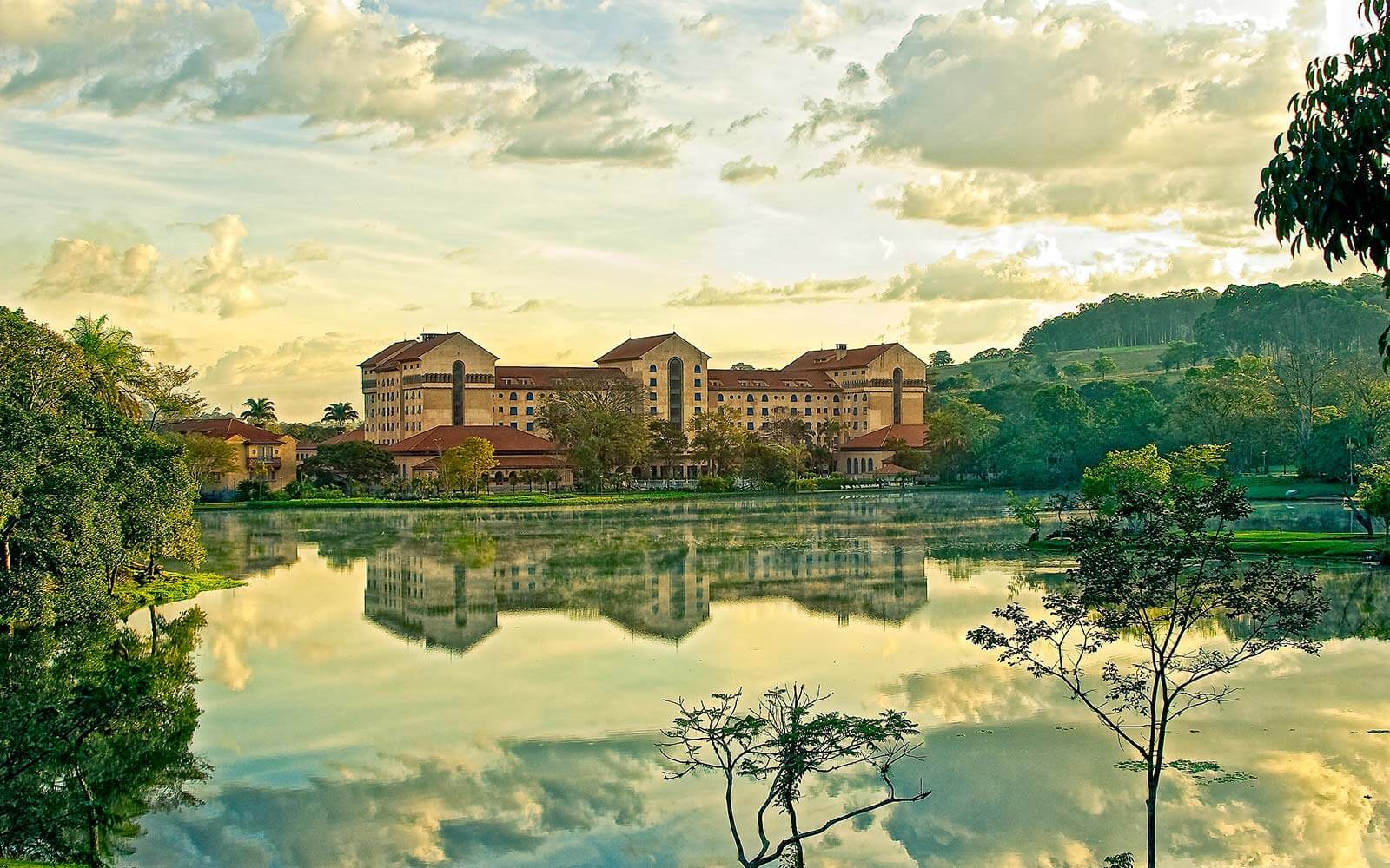 Pacotes tau grande hotel arax resort tau grande hotel for Site des hotels